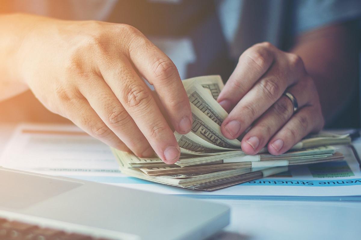 25 Cara Mendapatkan Uang Banyak dalam Sehari, Cepat dan Halal