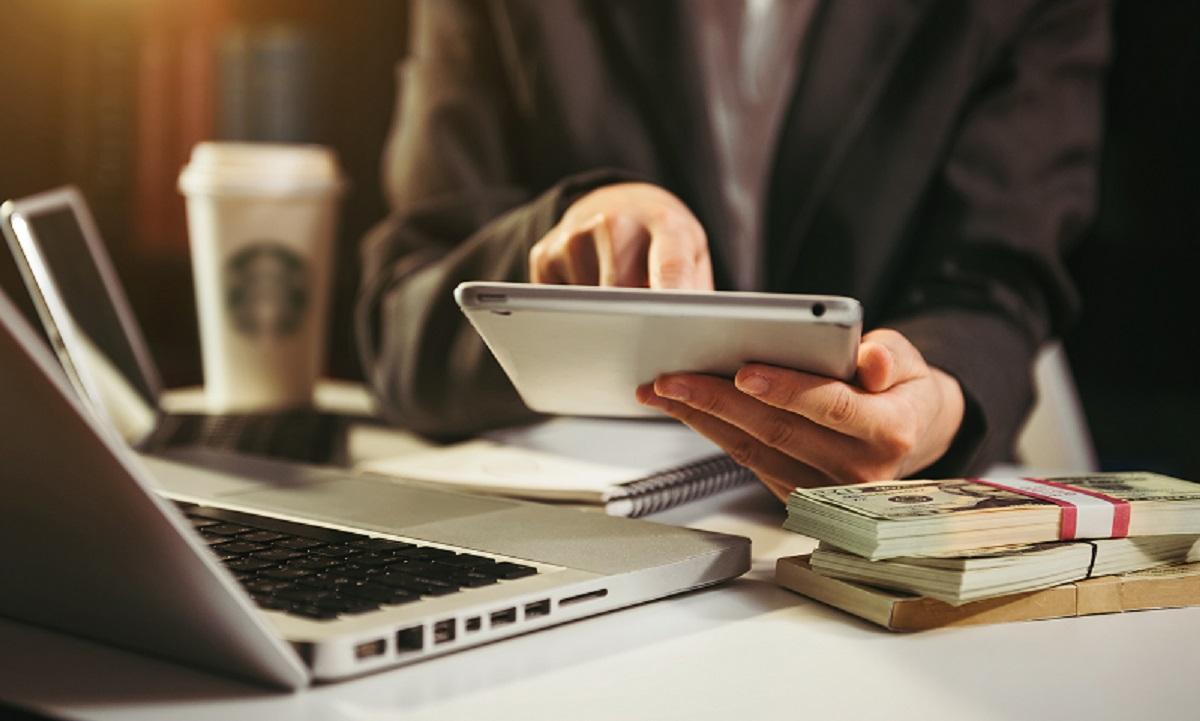 Daftar Pinjam Online yang Terdaftar OJK dan Berizin pada 2021