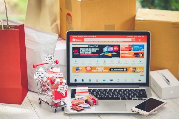 Belanja Online Melalui Shopee Indonesia Lewat Website dan Aplikasi di HP Handphone