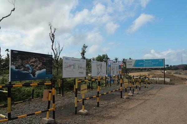 Papan Nama dan Area Perencanaan Pembangunan Sirkuit MotoGP di Kompleks atau Kawasan Mandalika