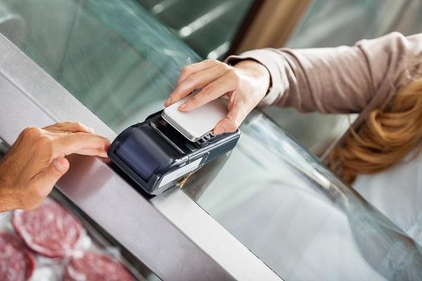Transaksi Pembayaran Dompet Digital dengan Mesin EDC Scan Barcode dan HP atau Handphone