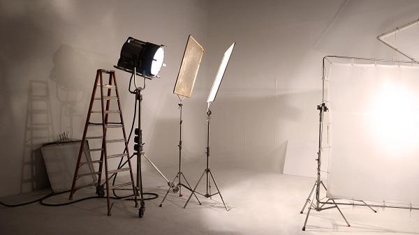 Membuat Bisnis Studio Foto dan Video di Rumah