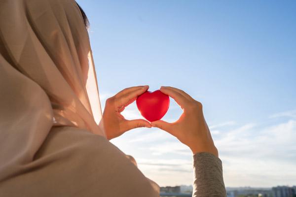 prinsip dasar perbedaan asuransi syariah dan konvensional