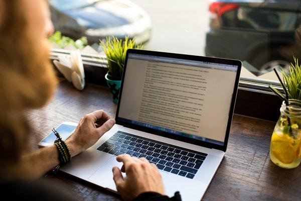 Cara Menjadi Penulis yang Sukses