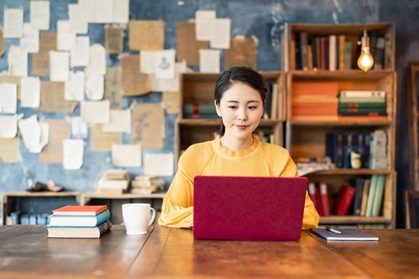 Syarat Menjadi Penulis Buku Profesional