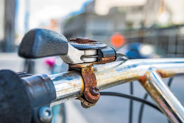 cara menghilangkan karat pada sepeda dengan mudah