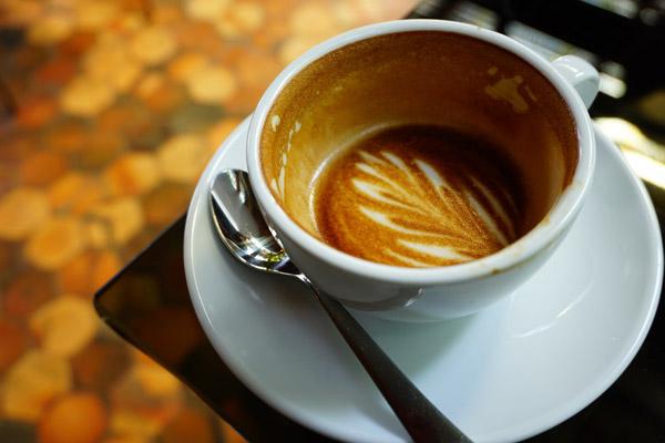 cara menurunkan darah tinggi dengan kurangi caffeine